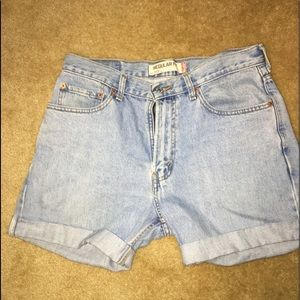 Light wash high waisted authentic Levi's